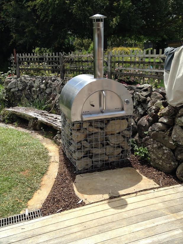simple pizza oven base